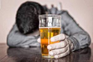 Alkoholizmus kezelése FELÉPÜLÖK | Leszokás az alkoholról - komplex alkoholelvonó kezelés